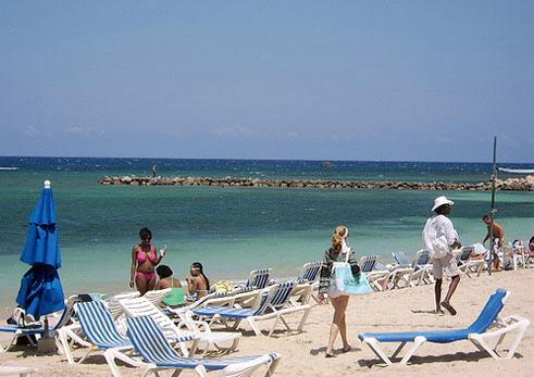 montego bay beach in amaica