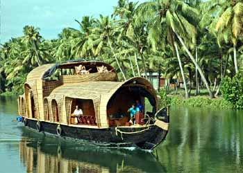 traditional boat of india people