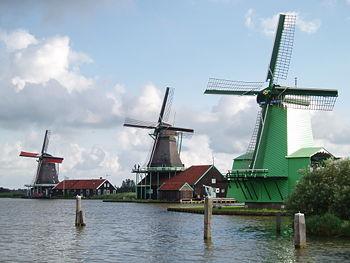 Zaanse Schans windmill area